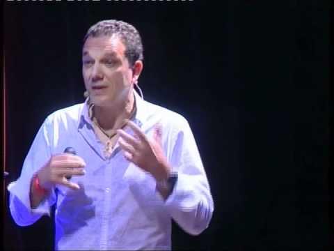 Embedded thumbnail for L'Océan en nous - Intervention au TEDxbasquecountry consacré à l'océan.